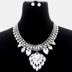 Jewelry - Glass Crystal Chain Necklace